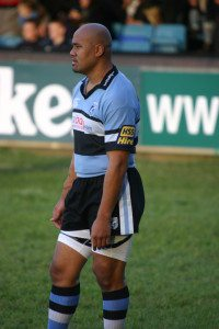 Jonah_Lomu_played_for_Cardiff_in_2006