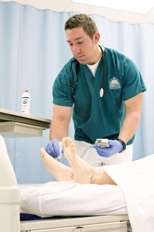 NHS sees increase in male nurses