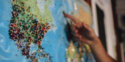 World map - endangered languages