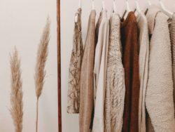 Capsule wardrobe/ Image: Unsplash