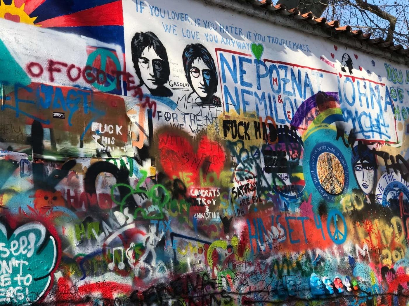 Imagine John Lennon wall