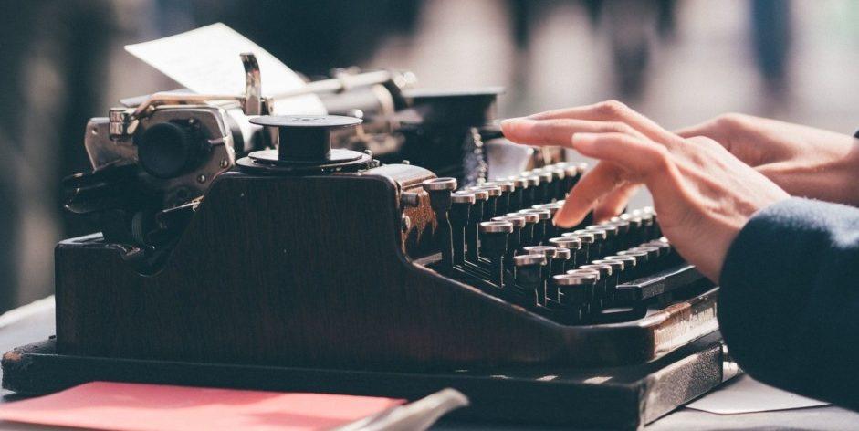 typewriter hands