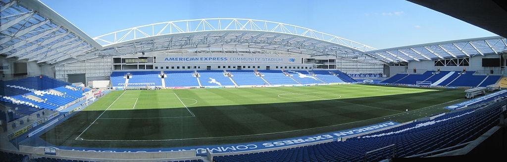 Image: Wikimedia Commons / Julian P Guffogg / Amex Stadium Pitch panorama / CC BY-SA 2.0